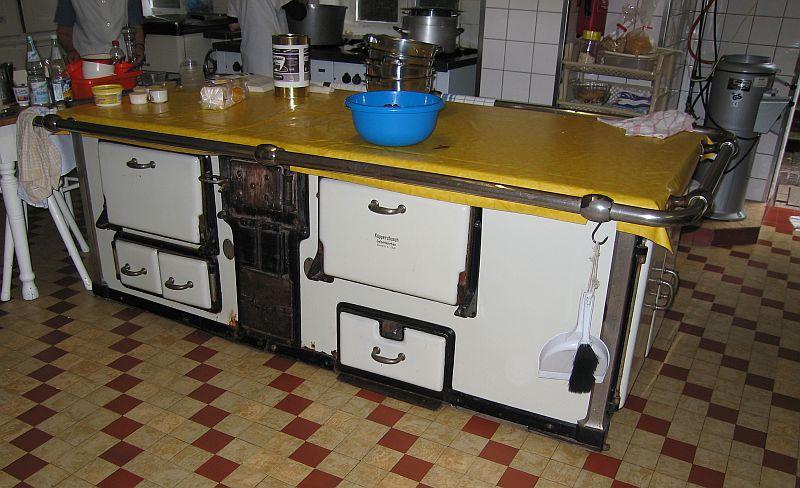 Ofen-Kasimir seit 1950 in Rendsburg - Heizen mit Holz ...